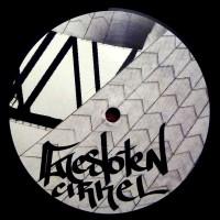 Gesloten Cirkel - Moustache Techno 001 - Moustache